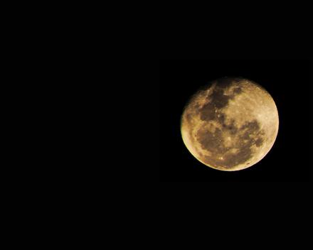 Full Moon by aneeskA